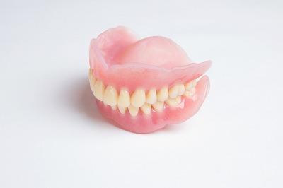 保険の入れ歯でもよく噛めるよう丁寧に作成するBio Dental Clinic ASHIYA